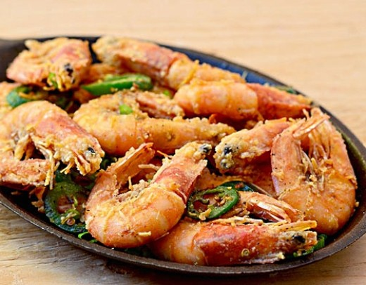 Salt and pepper prawns and shrimp are popular dishes that can be made at home using these great tips and recipes