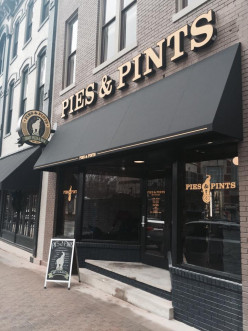 Restaurant Review: Pies and Pints, Lexington, Kentucky