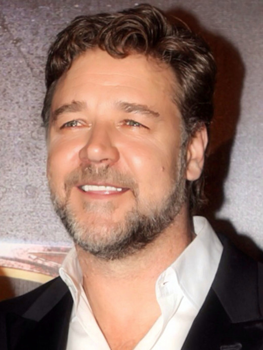 "Russell Crowe achieved international stardom in ""Gladiator,"" but that does not mean it was an error-free film."