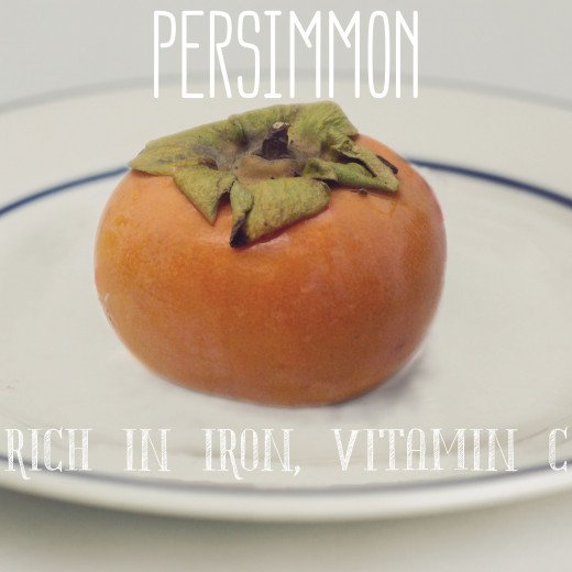 Every 100 g of persimmons contain 2.5 mg of iron.