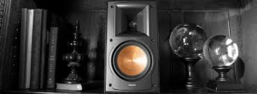 How to disguise your bookshelf speaker. The Klipsch RB 51 II reference series