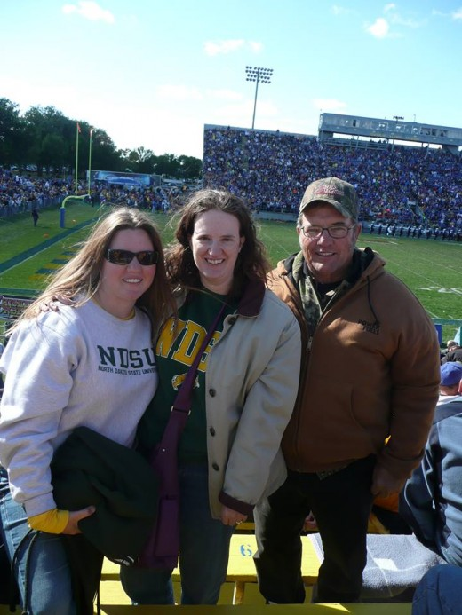Not too long ago my dad drove us to Brookings, SD where we met up with my sister who lives in Lincoln, NE. We had a blast cheering on the NDSU Bison who defeated the SDSU Jackrabbits!