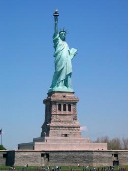 The Statue of Liberty in New York, USA Press photo © 2000-2006 NewOpenWorld Foundation