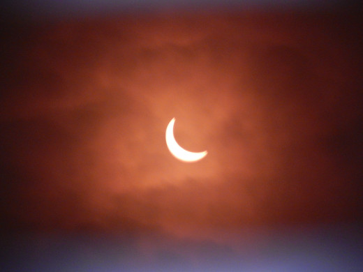 09:21 Solar eclipse, 2015.