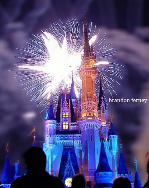 disney magic kingdom pictures. Firworks in Magic Kingdom