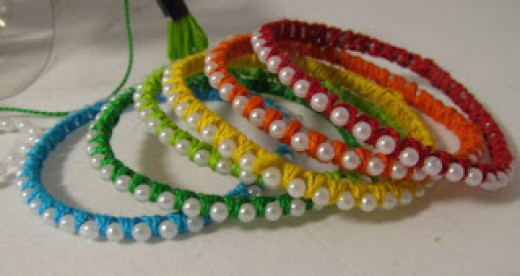 71 inspiring craft ideas using plastic bottles feltmagnet for Things made from waste bangles