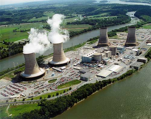 Three Mile Island Unit 1 was still left  in operation decades after the incident. Note the steam escaping from its cooling towers.