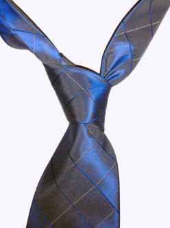 Skinny Ties for Men: Yes or No?