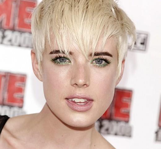 agyness deyn hair. Agyness Deyn Haircut