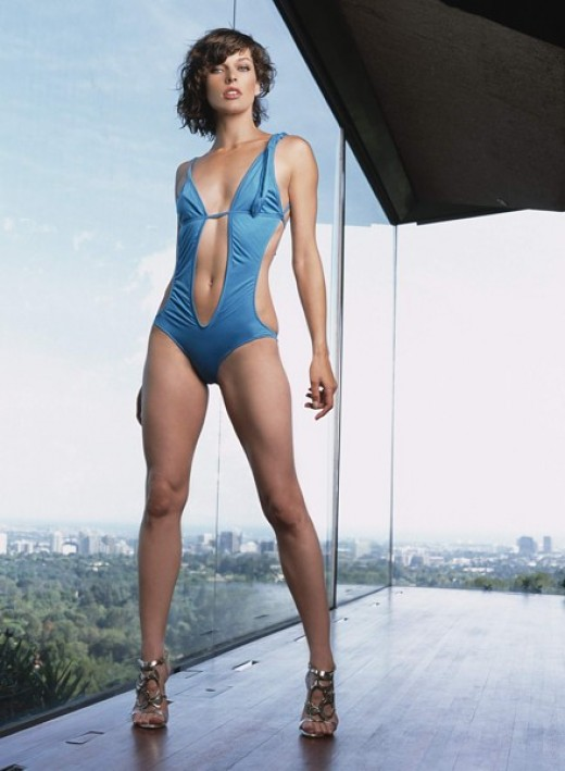 hot Milla Jovovich in blue bikini