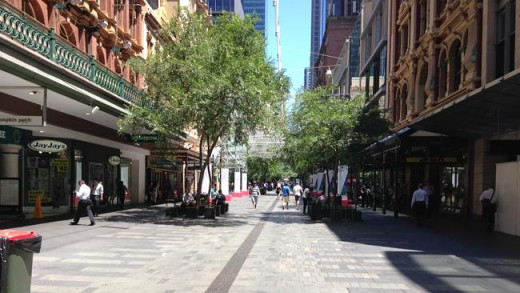 Pitt St Mall - Deserted.