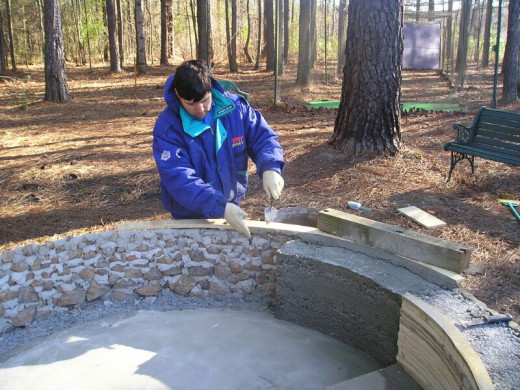 I carefully built up a mortar edge around the top of the rim during the backfilling process.