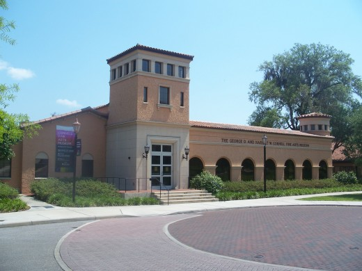 Located on the Winter Park campus of Rollins College, the Cornell Fine Arts Museum houses more than 5,000 art pieces, including some rare old master paintings and a large collection of prints, drawings, and photographs.