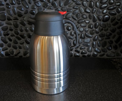 A vacuum-insulated coffee carafe--keeps coffee hot without over-cooking.