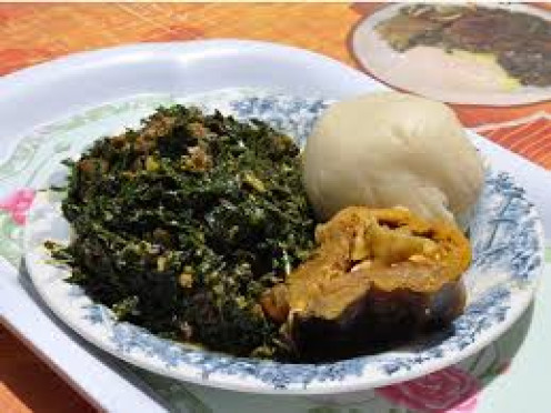 Vegetable soup with semovita