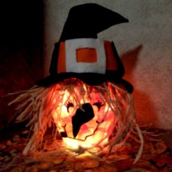 Lighted Witch Centerpiece Craft