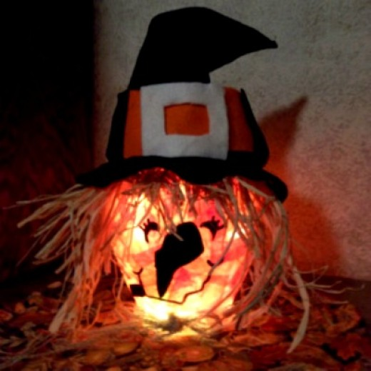 lighted witch craft, halloween witch light