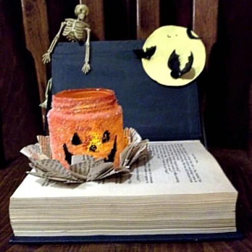 halloween book centerpiece, decoration