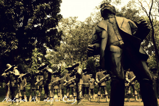 The statues which shows the day of Rizal's death
