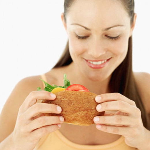 Eating a salad roll helps you lose weight, and its lower calories too!