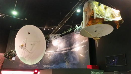 This model is of a satellite that the United States sent wayyyyyyyy out into space to check out Pluto and to take some pictures! It will take a long time to get there!