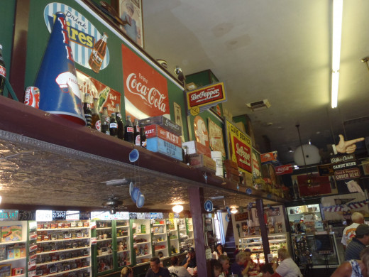 Drug store-cafe in Julian: Miner's Diner.