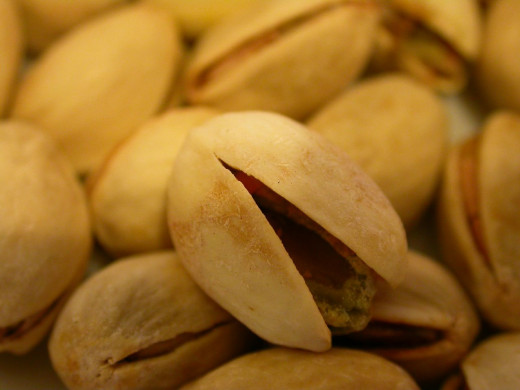 Many find that eating a few pistachios helps satisfy cravings for greasy, salty junk foods, minimizing the risk of emotional or stress eating.