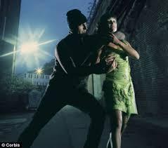 Mugger chases scared girl.