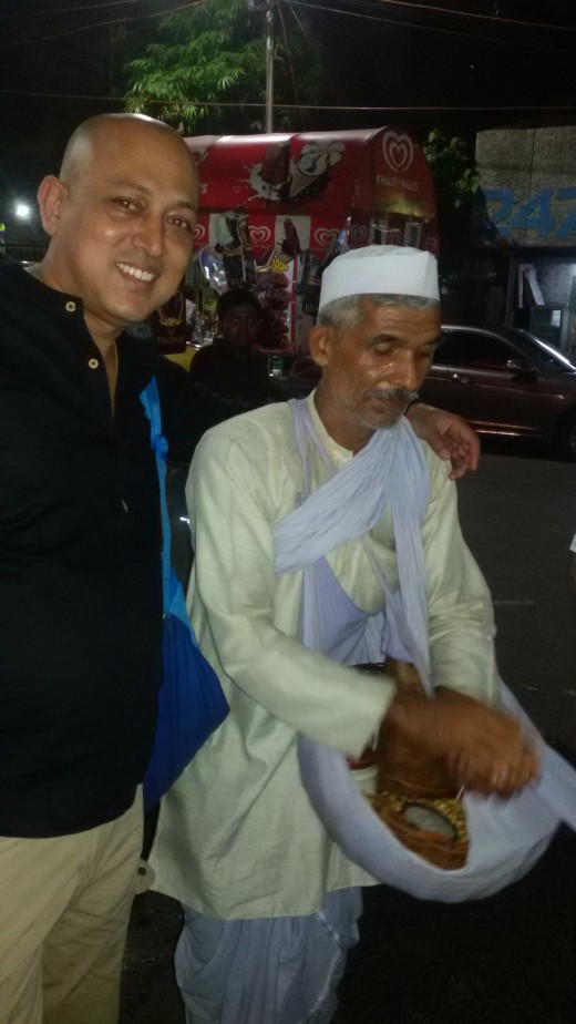 My hubby - Apurba with the famous Street Vendor - Singh Jee