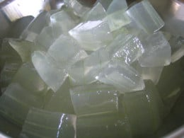Aloevera gel for greasy and oily hair