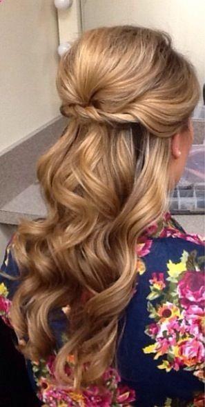 curly hair (through artificial means)