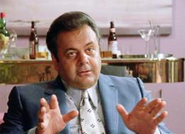 """Pauly Cicero"" advises Henry Hill."