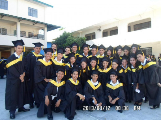 Bachelors of Accountancy Graduates of April, 2013, DFCAMCLP