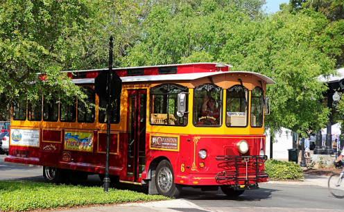 The Jolley Trolley, Dunedin, Florida.