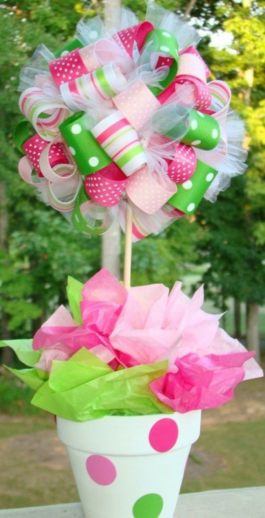 The multi design ribbons are just right and this centerpiece is so simple and fun!