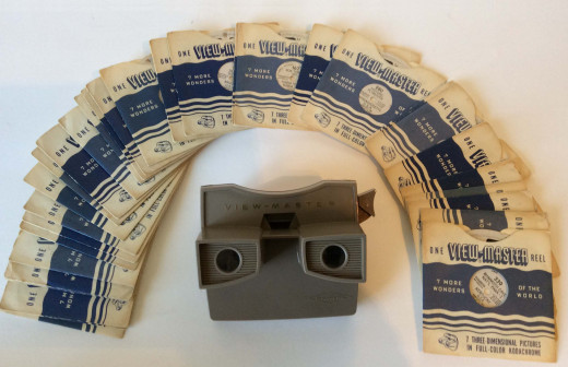 Model G with travel reels that marked the early days of View-Master