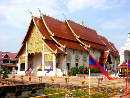 The main hall (Bot) of Wat Chedi Luang