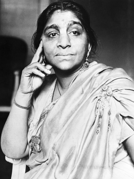 Madame Sarojini Naidu who was the first Indian women elected as the president of INC pose in San Francisco USA in 1929
