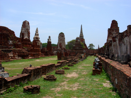 Ruins at Wat Mahathat