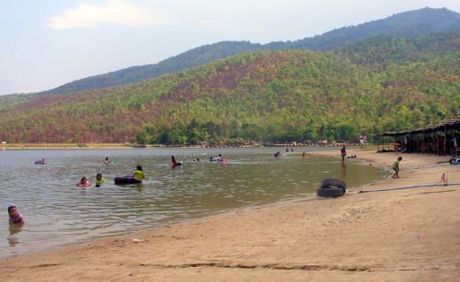 Sandy Beach at Huay Tung Tao Lake