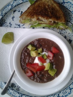 How to make Healthy and Spicy 8 hour bean soup?