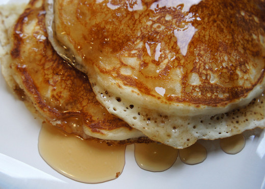 There are many option for vegan pancake toppings such as agave, golden syrup, cinnamon and fruit.
