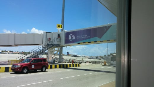 Princess Julianna Airport Sint Maarten. Getting ready to leave paradise