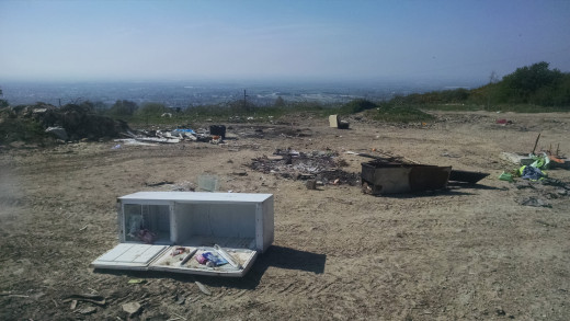 Fly-tipping site on cleeve hill