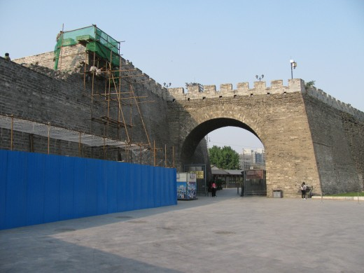 The reconstructed railway pass now serves as the western entrance to the Dongbianmen southeast watchtower.