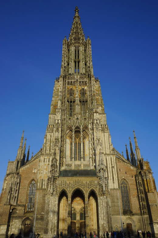 Entry and main steeple of the Ulm Minster