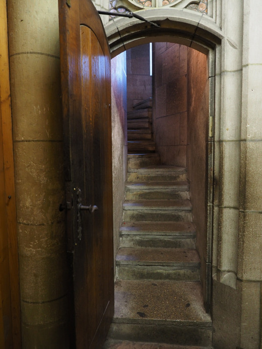 Entry to the steps up the main tower
