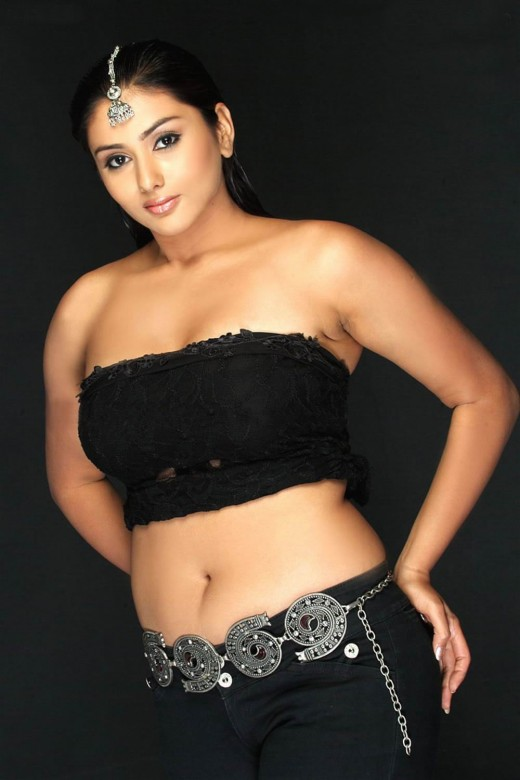 HOT ACTRESSS NAMITHA  PICTURES