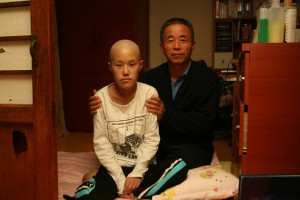 Hwang Yu-mi and her father