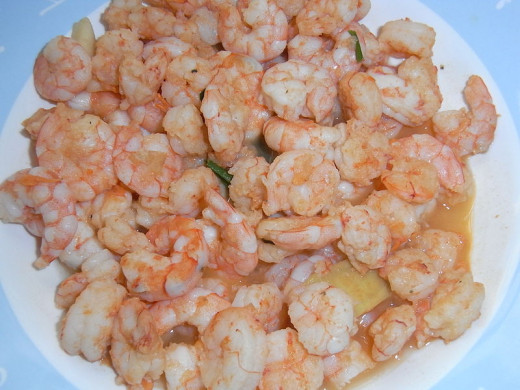 Prawns with shells removed